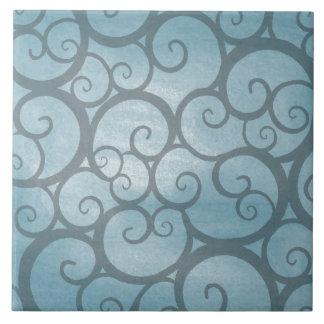 Verzaubertes blaues gewelltes Strudel-Muster Fliese