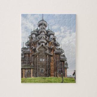 Verzierte hölzerne Kirche, Russland Puzzle
