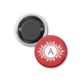 Verziertes weißes Schneeflocke-Monogramm auf Runder Magnet 2,5 Cm