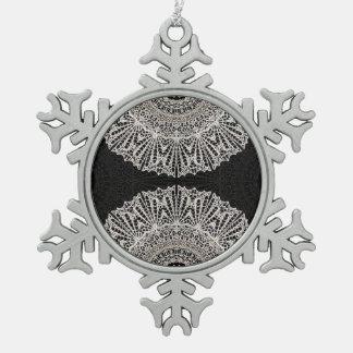 Verzierungs-Mandala Mehndi Art G384 Schneeflocken Zinn-Ornament