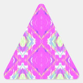Vibrierendes Girly heißes Neonpastellrosa Dreieckiger Aufkleber
