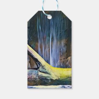 Vibrierendes künstlerisches Treibholz durch Geschenkanhänger