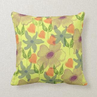 Vibrierendes tropisches Watercolor-Blumen-Muster Kissen