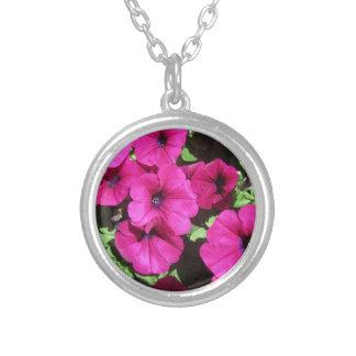 Viele lila Petunien Versilberte Kette