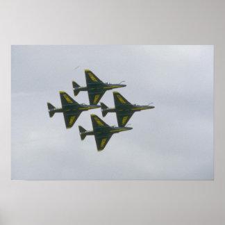 Vier blauer Engel A-4s im Diamanten Poster