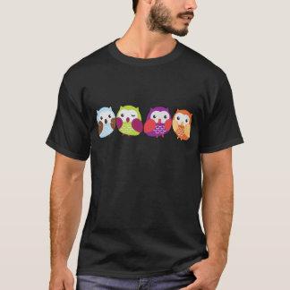 Vier bunte Eulen T-Shirt