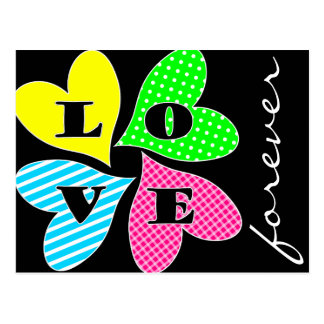 Vier farbige Herzen Postkarte