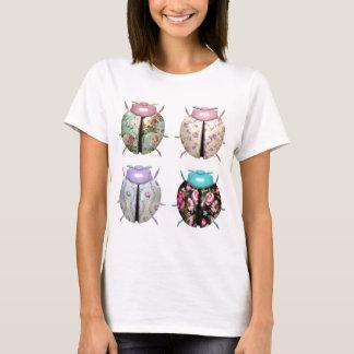 Vier Marienkäfer T-Shirt