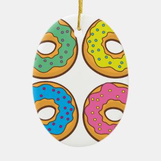 vier Schaumgummiringe Keramik Ornament