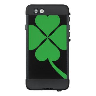 Vierblättriges Kleeblatt LifeProof NÜÜD iPhone 6 Hülle