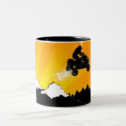 Viererkabel. orange Sonnenuntergang Kaffee Tassen