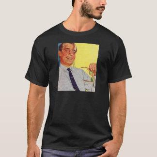 Vierzigerjahre hübscher Mann im Pfeil-Shirt T-Shirt