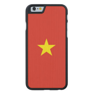 Vietnam-Flagge Carved® iPhone 6 Hülle Ahorn