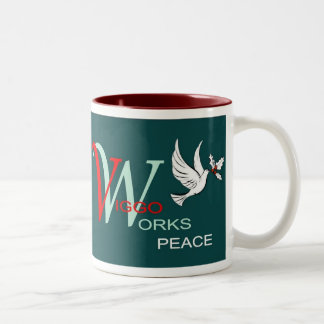 Viggo-Arbeiten Feiertags-Frieden Zweifarbige Tasse