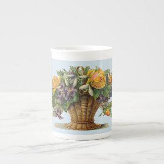 Viktorianische Blumenkorb Knochen-China-Tasse Porzellantasse