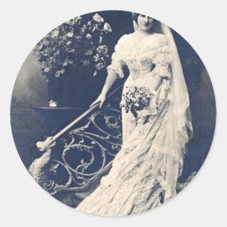 Viktorianische Braut Runder Aufkleber
