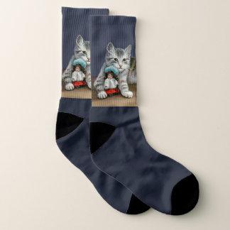 Viktorianische Katze, die bei den Socken
