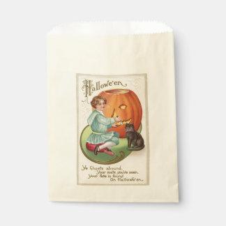 Viktorianischer Junge, der Kürbis Halloween Geschenktütchen