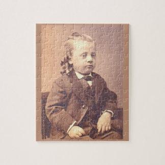 Viktorianischer Junge mit unglücklicher Haarart Puzzle