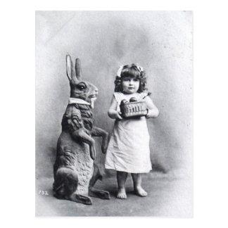 Viktorianischer Osterhase mit Mädchen Postkarte