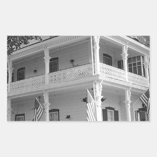 Viktorianisches Zuhause in Schwarzem u. im Weiß Rechteckiger Aufkleber