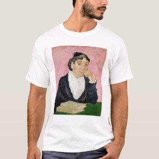 Vincent van Gogh | die Frau von Arles T-Shirt