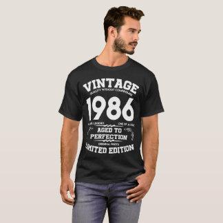 VINTAGE 1986 GEALTERT ZU PERFEKTIONS-BEGRENZTER T-Shirt