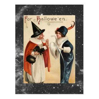 Vintage alte Hexe Halloweens und stilvolle Dame Postkarte