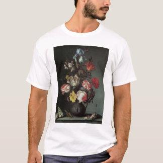 Vintage barocke Blumen durch Balthasar van Der Ast T-Shirt