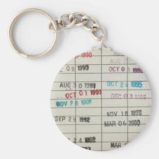 Vintage Bibliotheks-Abgabefrist-Karten Standard Runder Schlüsselanhänger
