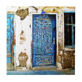 Vintage blaue griechische Tür-rustikale Art Kleine Quadratische Fliese