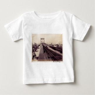 Vintage Brooklyn-Brücke Baby T-shirt