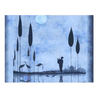 Vintage Dame u. Flamingos auf Moonlit See Postkarte