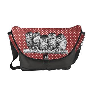 Vintage Eulen und rote Polka-Punkte Kurier Taschen