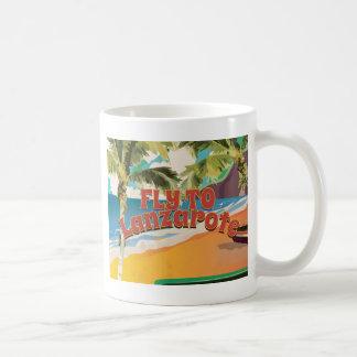 Vintage Fliege zum Lanzarote-Reise-Plakat Kaffeetasse