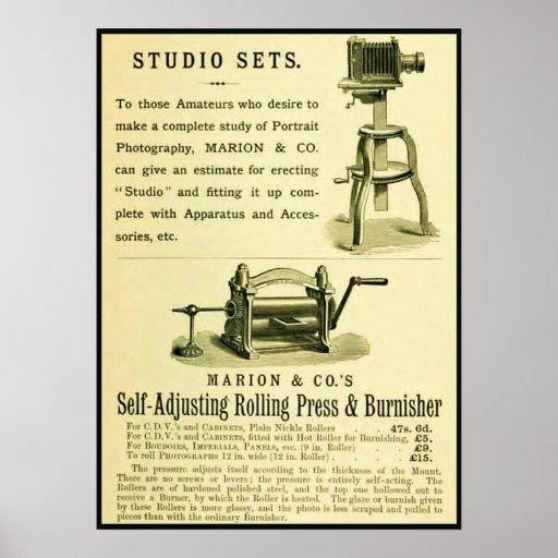 Vintage Fotografie-Anzeige ~ Studio-Sets Plakatdrucke