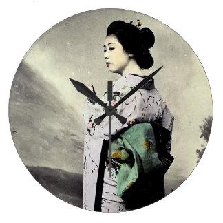 Vintage Fotografie:  Geisha-Mädchen Große Wanduhr