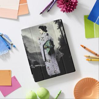 Vintage Fotografie:  Geisha-Mädchen iPad Hülle