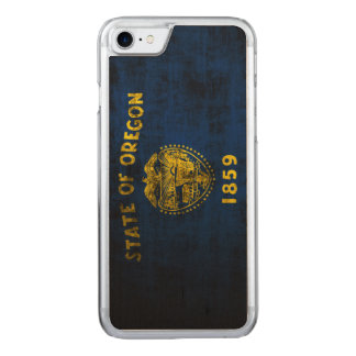 Vintage Grunge-Staats-Flagge von Oregon Carved iPhone 8/7 Hülle