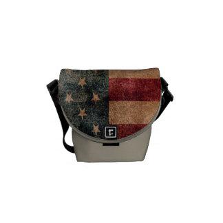 Vintage Grunge USA-Stern-u. -streifen-Flagge Kuriertasche