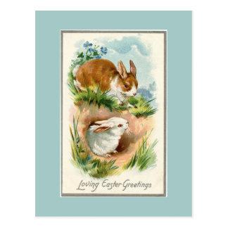 Vintage Häschen, die Ostern-Blau-Postkarte lieben Postkarte