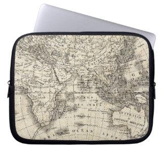 Vintage Karte von Europa und von Asien Laptopschutzhülle