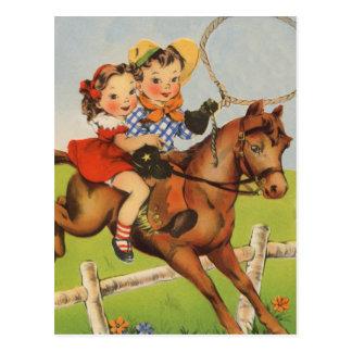 Vintage Kinder, die ein Pferd spielt Cowboys Postkarten