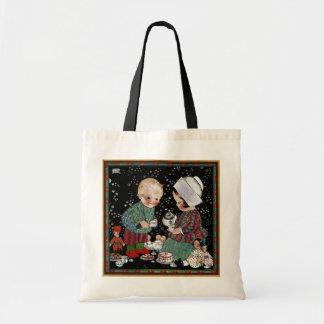 Vintage Kinder, die ein Tee-Party mit Puppen haben Tasche