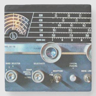 Vintage kurze Wellen-Radiogerät Steinuntersetzer