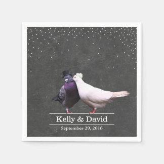 Vintage Liebe-Vögelconfetti-Tafel-Hochzeit Papierserviette