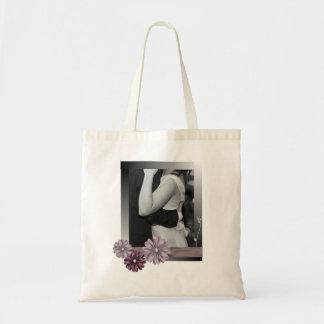 Vintage lila graue Landgänseblümchenhochzeit Tragetasche