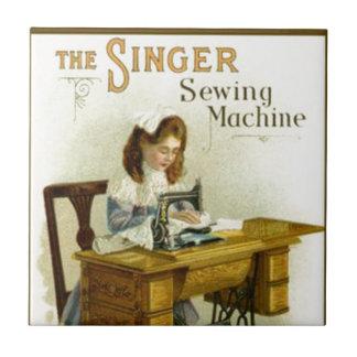 Vintage Nähmaschine-Anzeige mit Mädchen Keramikfliese