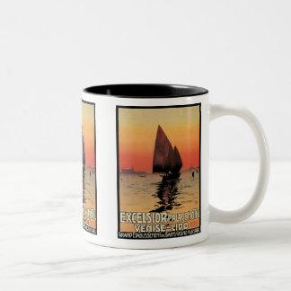 Vintage Reise, Boote am Hobelspäne-Palast Venedig Zweifarbige Tasse