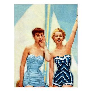 Vintage Retro Frauen-60er Badebekleidung surft Postkarte